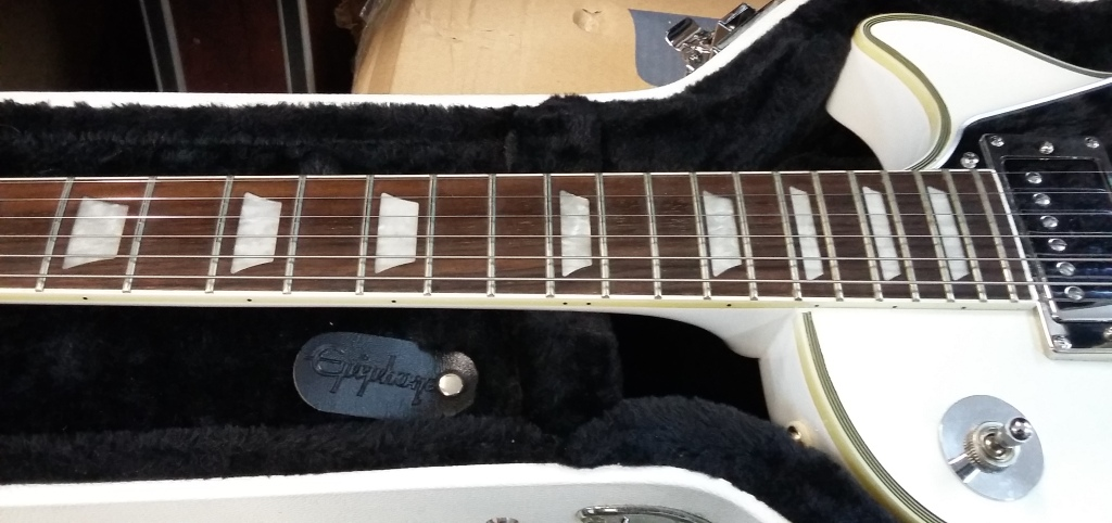 Epiphone Les Paul Tommy Thayer White Lightning 10
